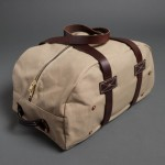 MEDIUM CANVAS DUFFLE - TAN Billy Reid $395